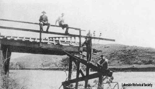 1916_bridge_north_end