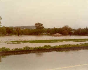 1980_lindo_lake