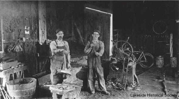 blacksmith_shop_1900