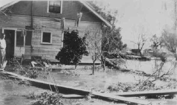 1927_gandyra_house