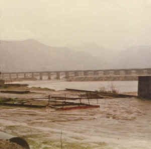 1980_lakeside_bridge