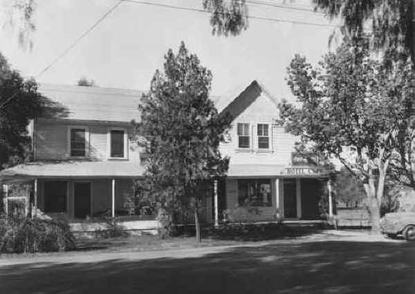 c.1944 Howard Shaff was owner at this time.