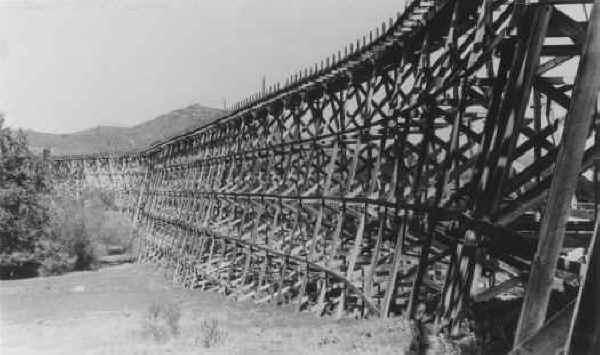 Los Coches Trestle 1925
